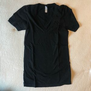 American Apparel - v-neck tee